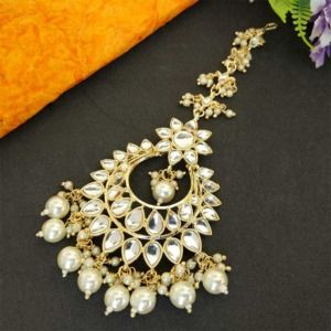 Kundan Stone Studded Pearl Maangtikka Set for Wedding