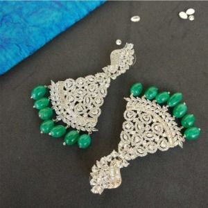 Ad Stone Earring with Green Pearl Drop