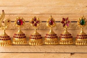 What do these Jhumka Earrings do to your Outfit