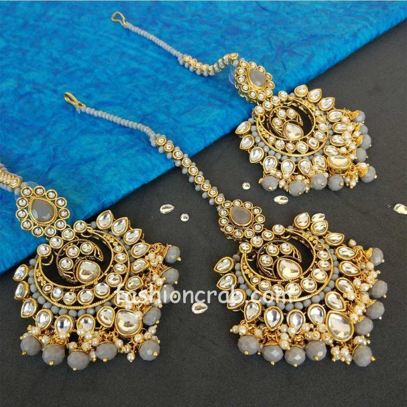 Kundan Maang Tikka with Earring for Grey Saree