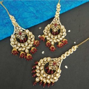 Maroon Pearl Earring with Maang tikka for Festival