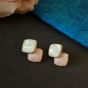 Beautiful Stud Earrings Set