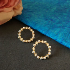 Small Pearl Crystal Stud Earring