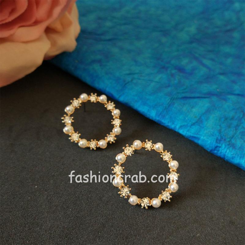 Small Pearl Crystal Stud Earring