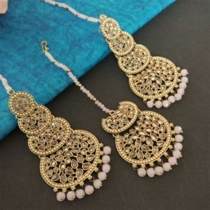 Light Pink Pearl Kundan Stone Maangtikka Earring Set for Dulhan