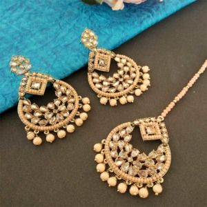 Peach Color Ethnic Maang Tikka Set with Earring for Party