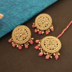 Round Coral Pink Color Maang Tikka Set with Earring for Women