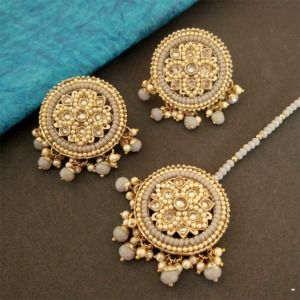 Round Grey Color Maang Tikka Set with Earring for Women