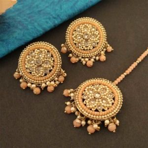 Round Peach Color Maang Tikka Set with Earring for Women