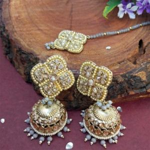 Grey Pearl Jhumka Set with Maangtikka