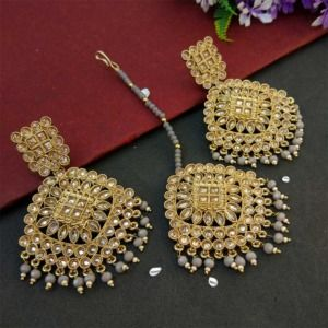Grey Pearl Polki Maang Tikka Set with Earring for Wedding