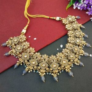 Grey Polki Necklace Set with Tikka for Marriage