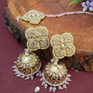 Light Pink Pearl Jhumka Set with Maangtikka