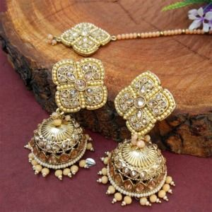 Peach Pearl Jhumka Set with Maangtikka