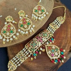 Multi Colour Pearl Jadau Choker Set for Punjabi Bride