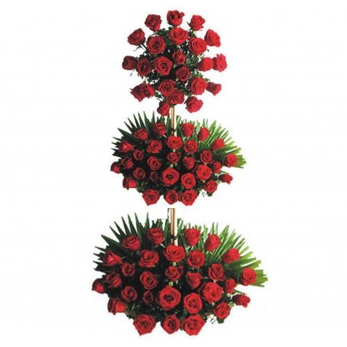 3 Feet Arrangement of 100 Red Roses