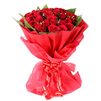 Designer Bunch of 30 Red Roses