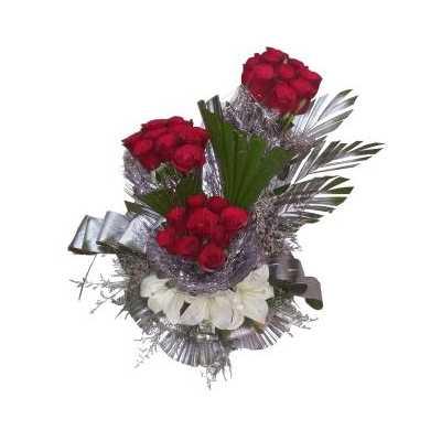 Lush Roses & Lilies Bouquet