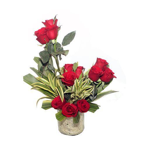 12 Roses in Glass Vase