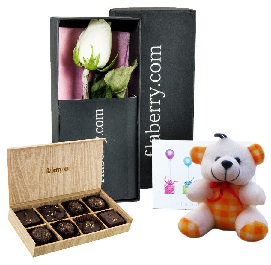 White Rose with Teddy and 8 Chocolate Cubes