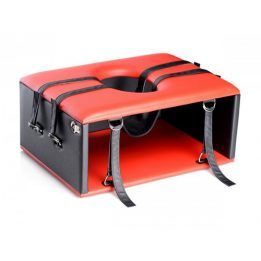 Queening / Kinging Chair-Strict