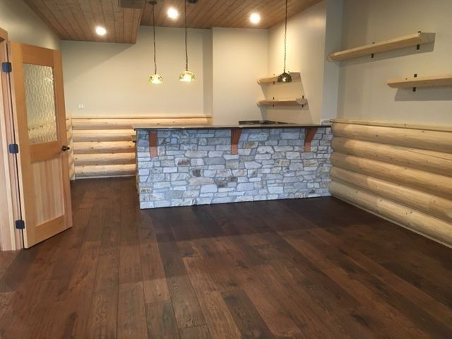 regal-engineered-hardwood-by-beaulieu-west-kelowna-home-11