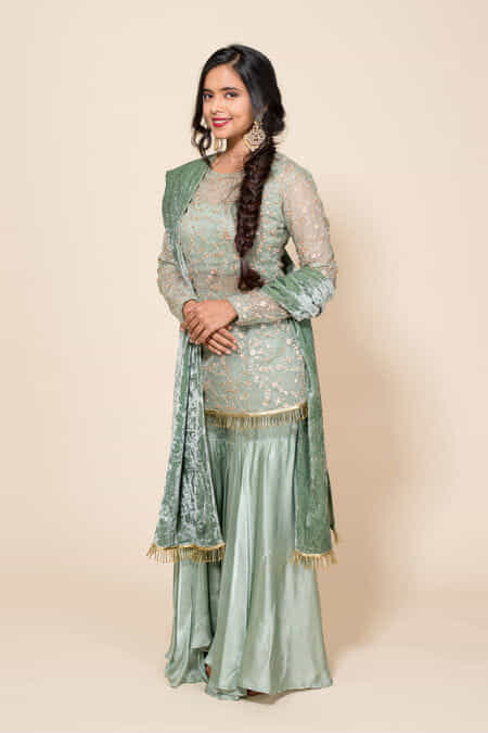 f2094a10a7 Rent Sharara Suits - Sharara Suits on Rental Online | Flyrobe