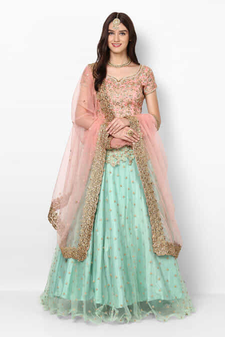 8a76b62b1c Lehenga for Womens Wedding - Rent Latest Designer Lehenga Choli ...