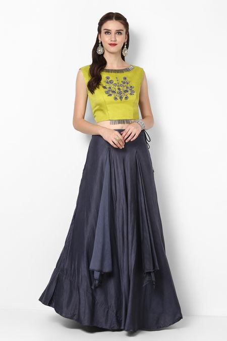 Rent Crop Top And Skirts Crop Tops On Rental Online Flyrobe