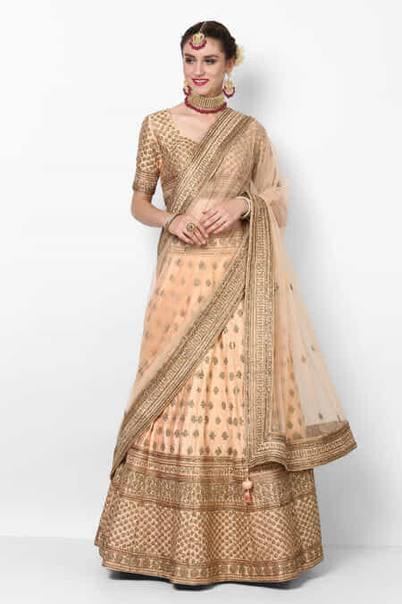 ae4f993523 Lehenga for Womens Wedding - Rent Latest Designer Lehenga Choli ...