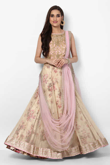 7bcb7394fb3 Gowns On Rent In Ahmedabad - Gown Rental Online | Flyrobe