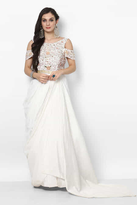 Rent christian wedding gowns in mumbai catholic gowns rental flyrobe maatriz white cold shoulder gown junglespirit Images