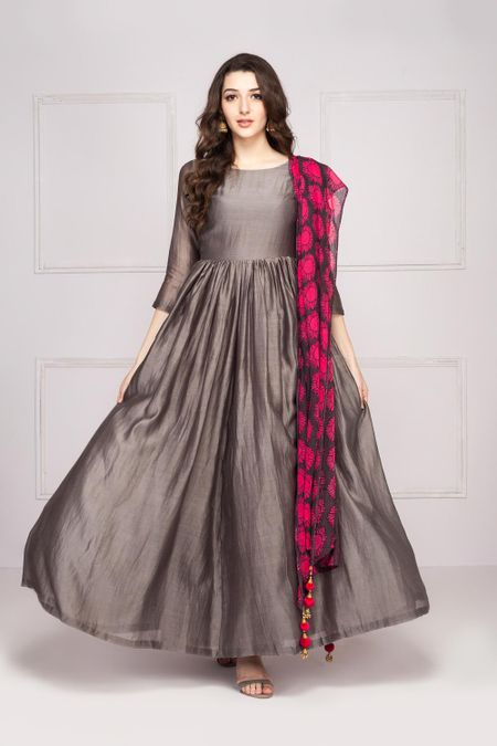 78bcc037f3b9 Rent Maxi Dresses  Women Branded Maxi Dresses Online in India ...