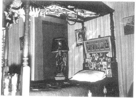 Frida foi de ambulância para sua primeira grande exposição.