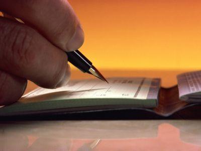 יד כותבת שיק