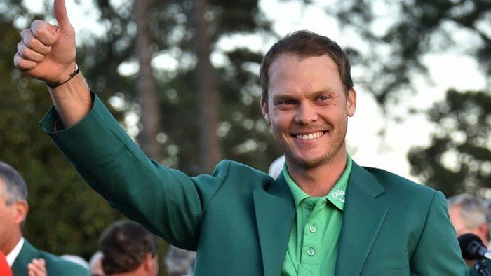 Danny Willet Snatches 2016 Masters Green Jacket from Jordan Spieth