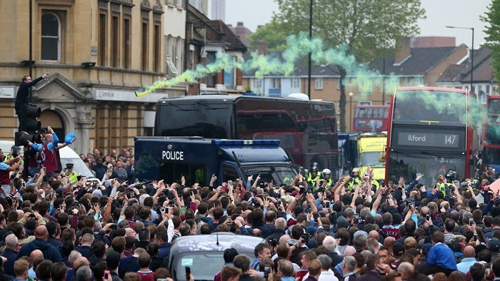 A Big Night for West Ham at Upton Park Spoiled by Violent Fans