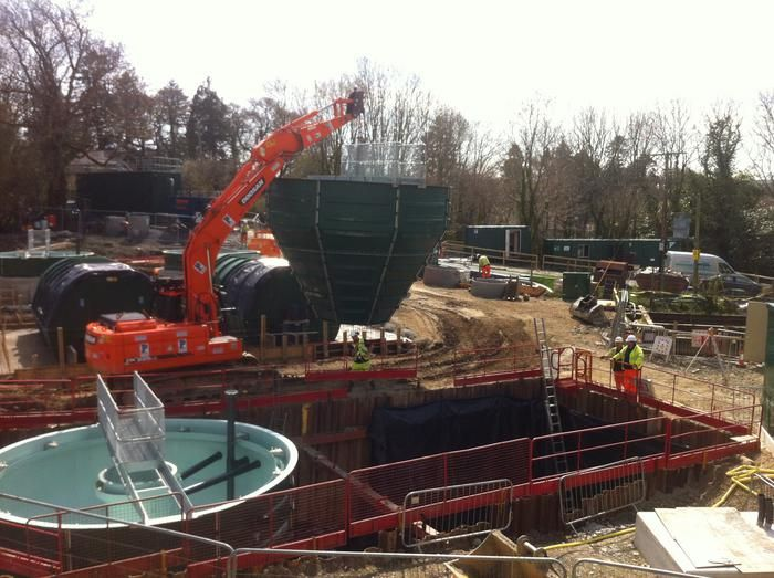 wpl-conical-watewater-treatmment-tank-installation-at-Dwr-Cymru-Welsh-Water-treatment-works-on-time-and-on-budget
