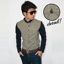 Kemeja Oxford Square Patch Brown
