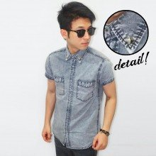 Kemeja Short Denim Double Pocket Studded