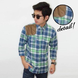 Kemeja Flanel Square Suede Patch Green