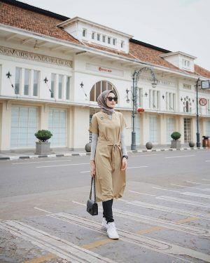 inspirasi gaya hijab di instagram helmi nursifah