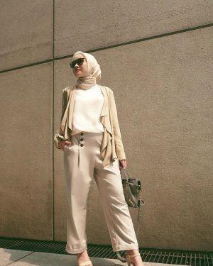 inspirasi gaya hijab di instagram kiara leswara