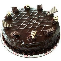 Send Egg Less Dark Rich Chocolate Cake Half Kg