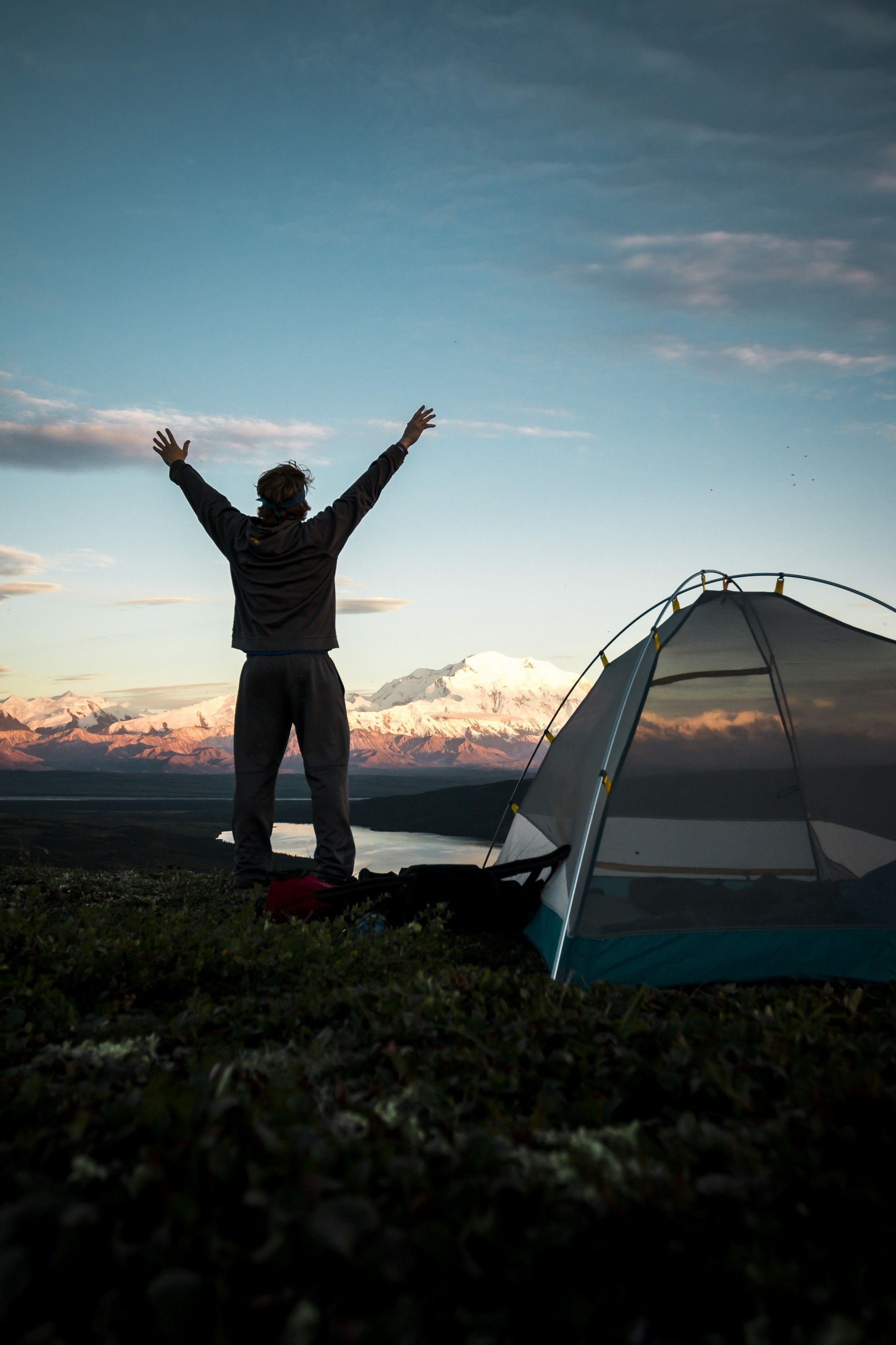 What Kind of Survival Clothing Should You Pack?