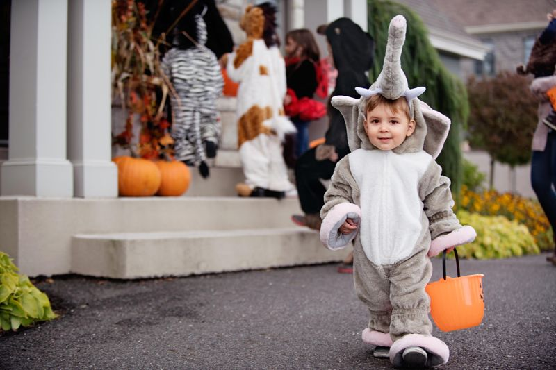 Halloween Safety Tips to keep your child safe