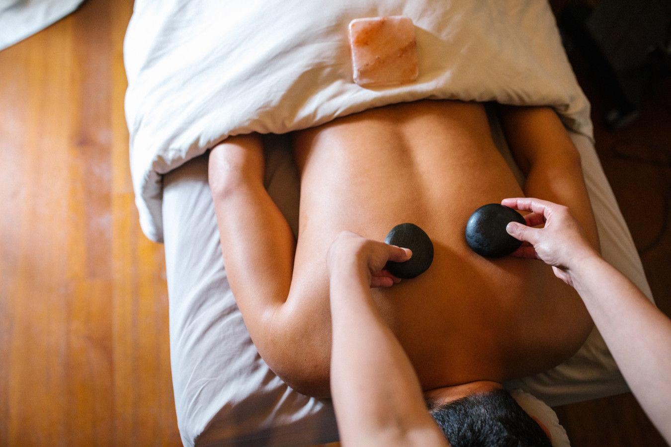 Balancing Massage With Volcanic Stones