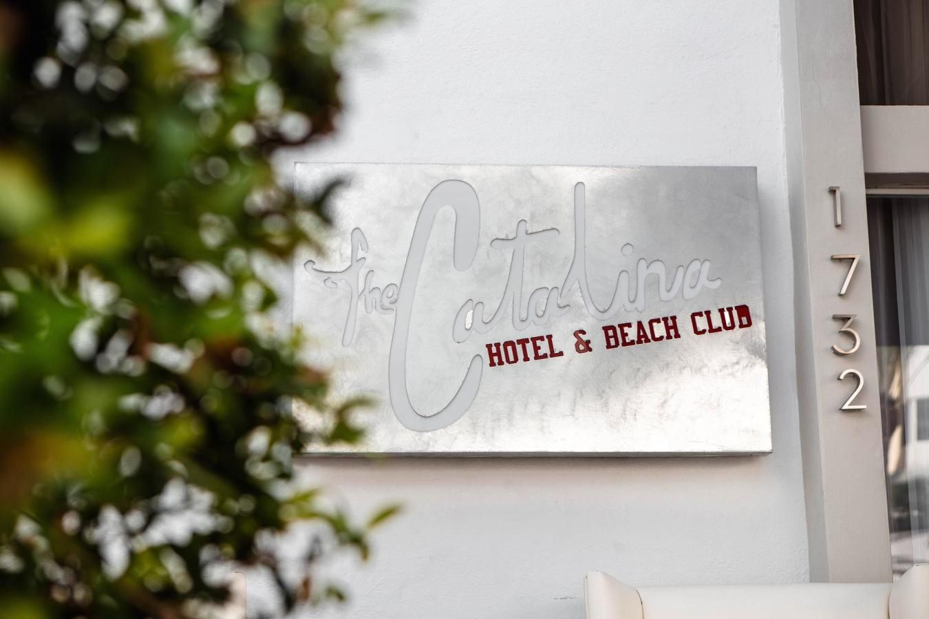 Welcome to the Catalina Hotel & Beach Club