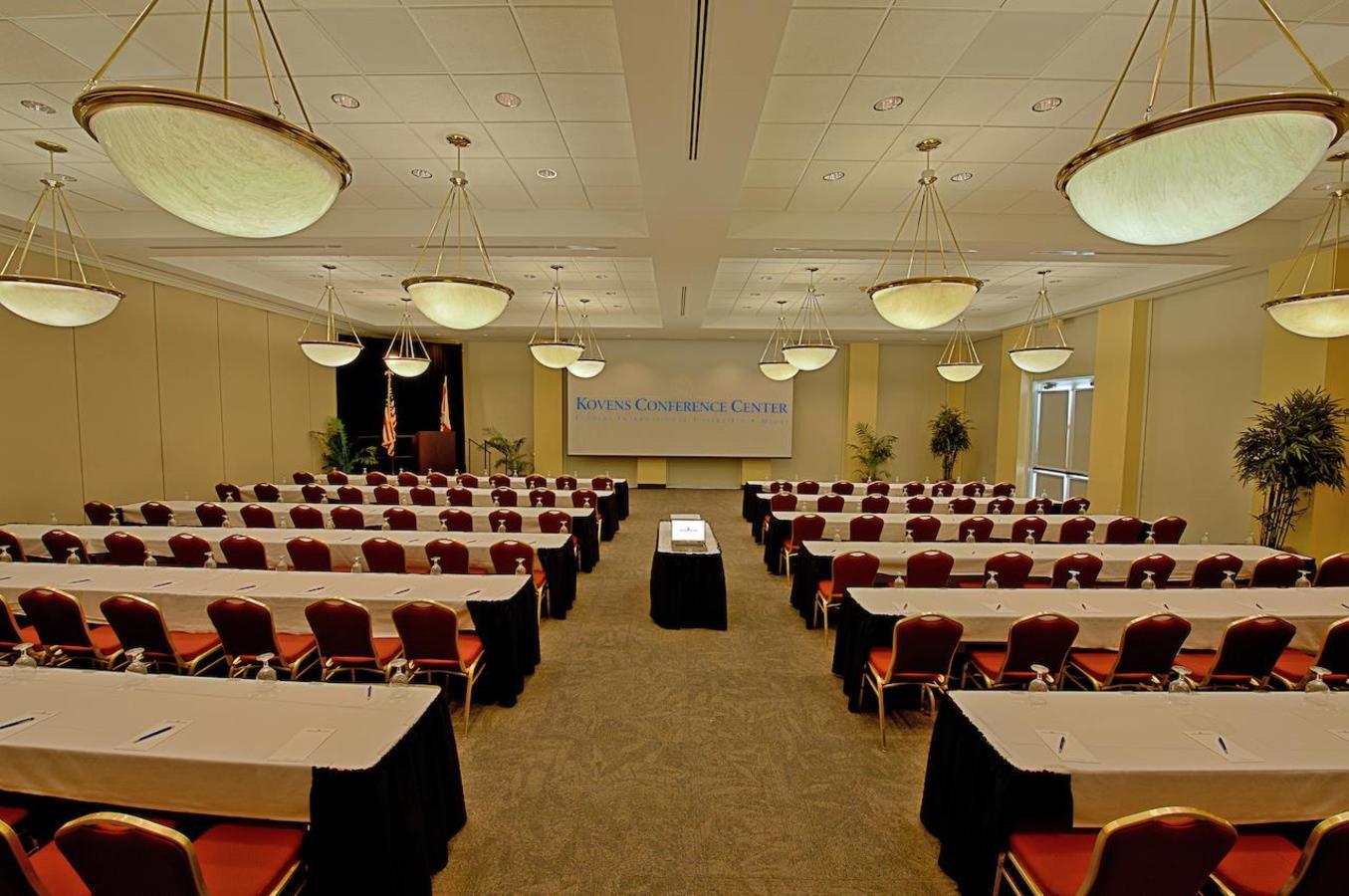 Bayview Ballroom Classroom Style
