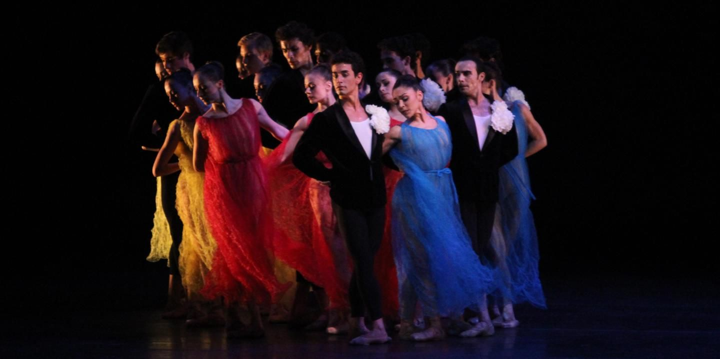 Miami City Ballet dancers in Symphonic Dances. Photo by Joe Gato.